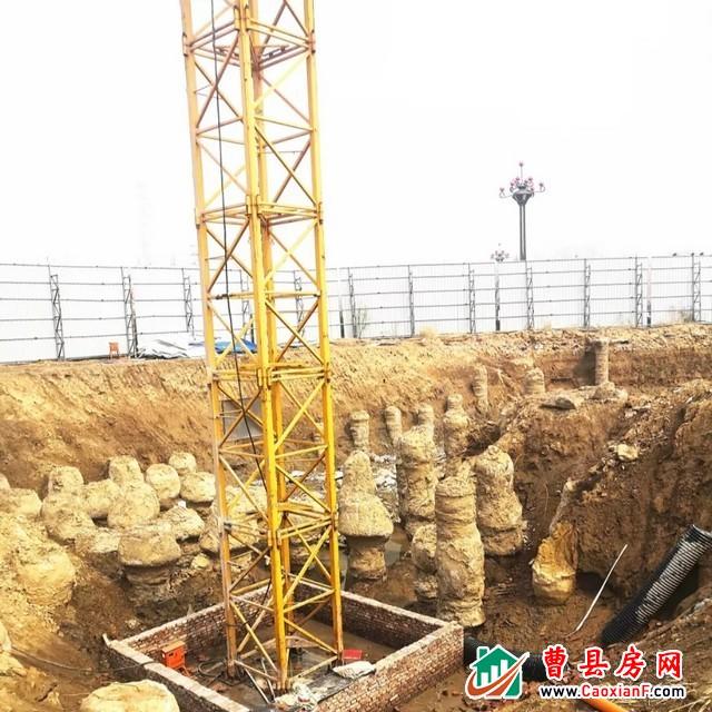 一完小附近,曹县锦宏·未来城全面开工建设中...