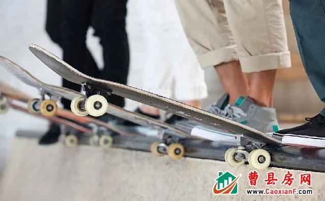 滑板彩绘 悦动童心  【融翔·奥体城】滑板彩绘DIY周日炫酷来袭!